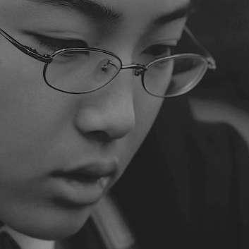 Immagine dal film Tobira no Muko/Left Handed